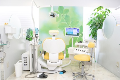 口の中の健康維持のため、定期検診を行います